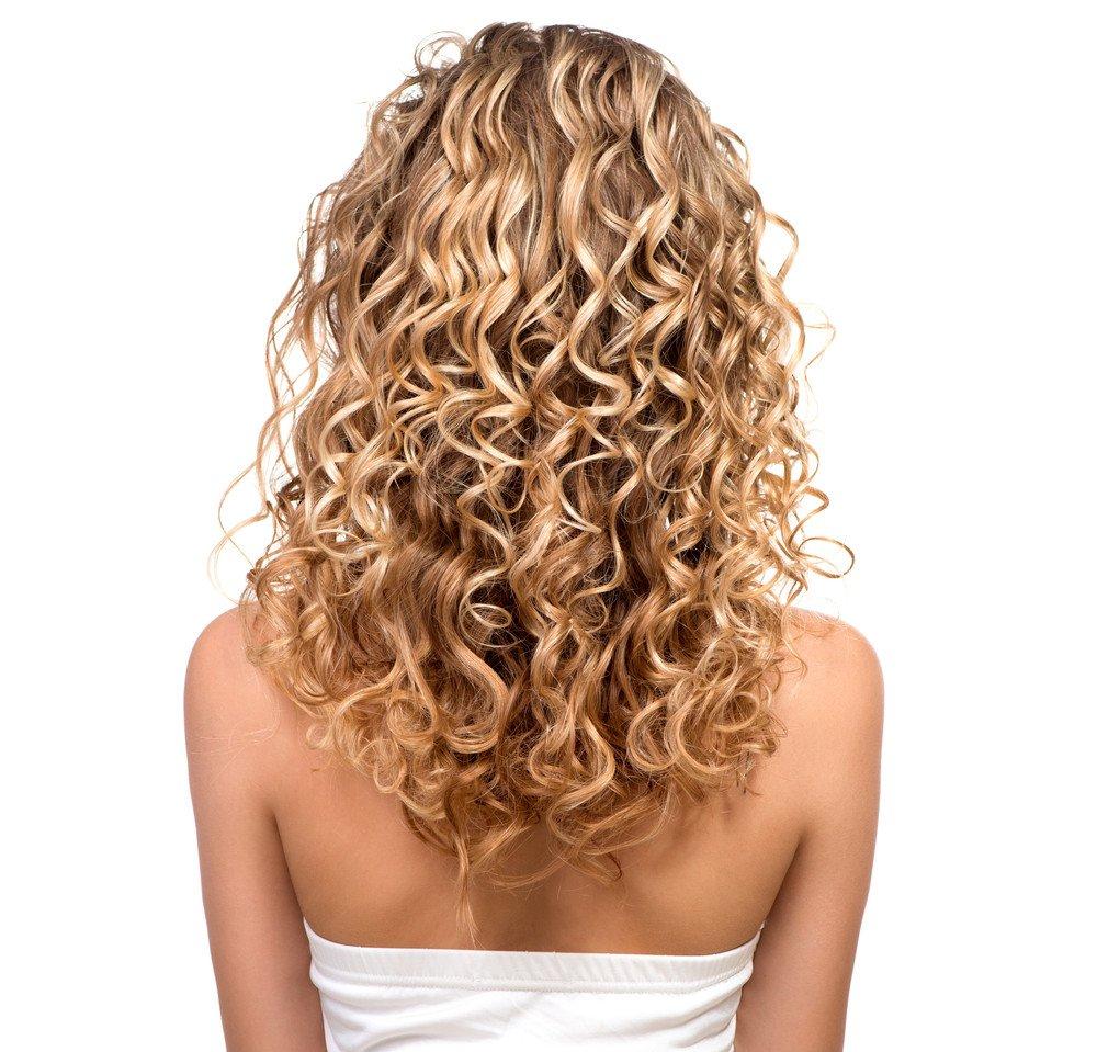 Leichte dauerwelle bei schulterlangen haaren