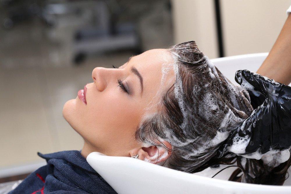 Fettige Haare So Kommen Sie Wieder In Bestform Frisuren Magazin