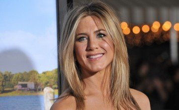 Frisuren Jennifer Aniston Blond Mittellang Longbob Featureflash Photo Agency / Shutterstock.com