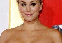 Frisuren Kaley Cuoco Kurzhaarfrisur Blond Tinseltown / Shutterstock.com