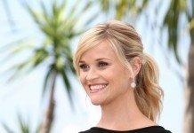 Frisuren Reese Witherspoon Blond Zopf Langhaarfrisur Denis Makarenko / Shutterstock.com