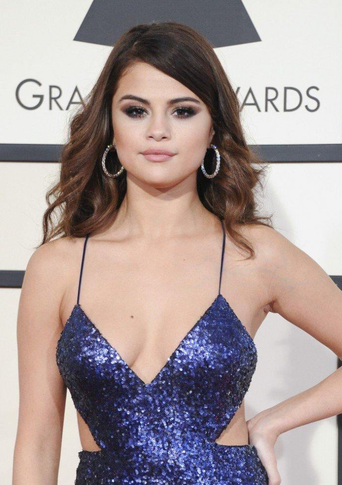 Frisuren Selena Gomez Frisuren Magazin