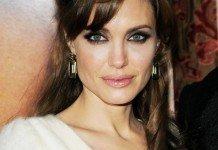 Angelina Jolie Frisuren Hochsteckfrisuren Langhaarfrisur Dunkel Everett Collection / Shutterstock.com
