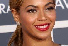 Beyoncé Frisuren Glatt Zopf Blond Braun s_bukley / Shutterstock.com