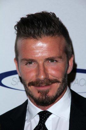 David Beckham Frisuren Seite Kurz Bart Dunkelblond