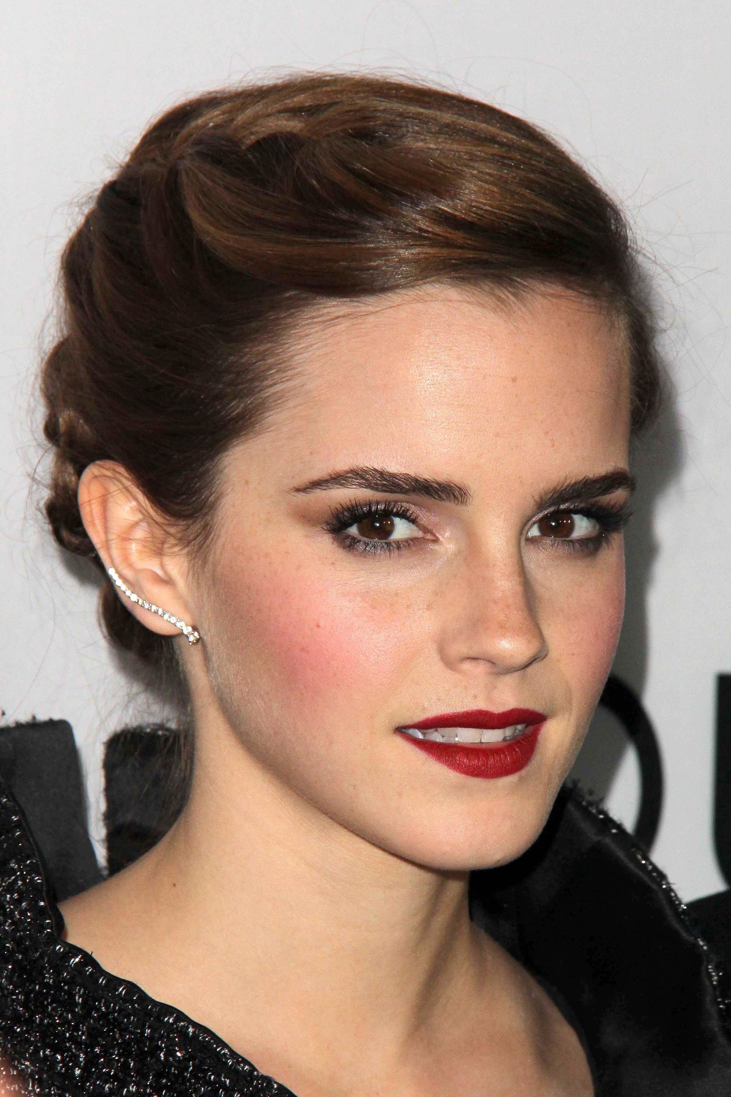 Emma Watson Frisuren Die Neuesten Hairstyles Frisuren