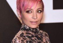 Frisuren Nicole Richie Kurzhaarfrisur Pixie Cut Pink DFree / Shutterstock.com
