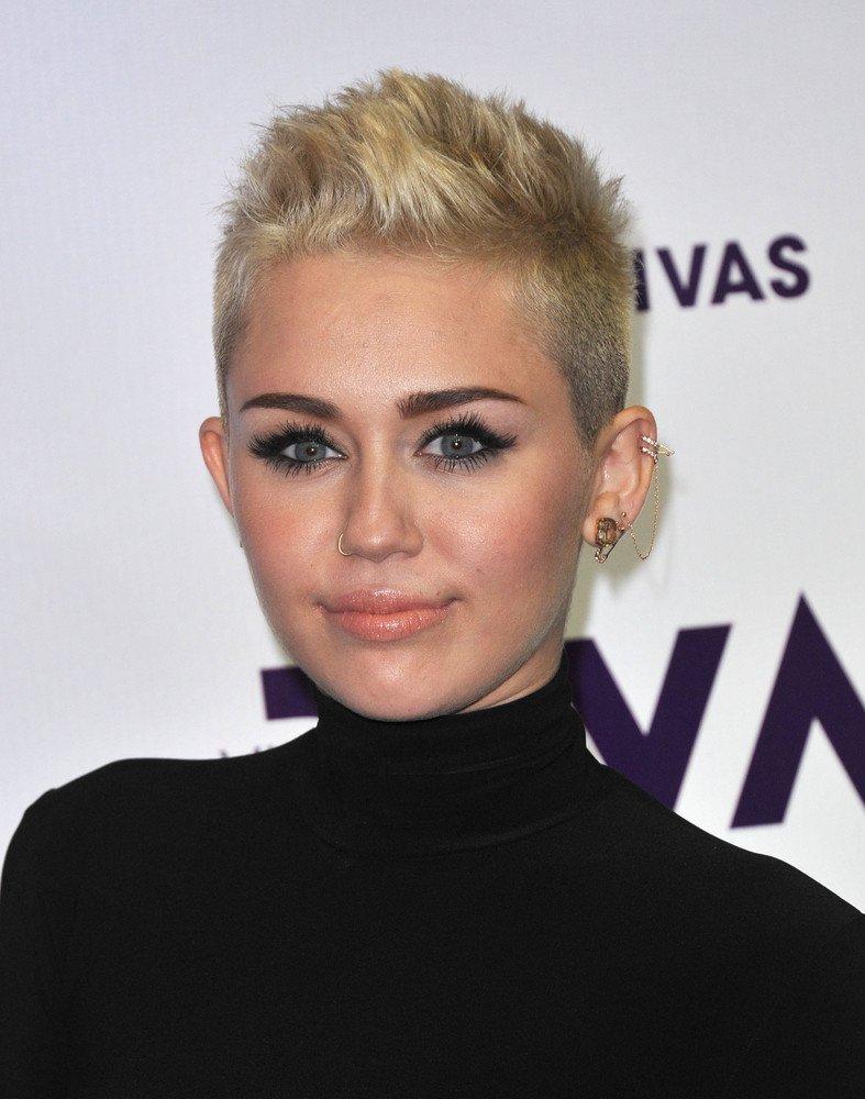 Miley Cyrus Frisuren Frisuren Magazin