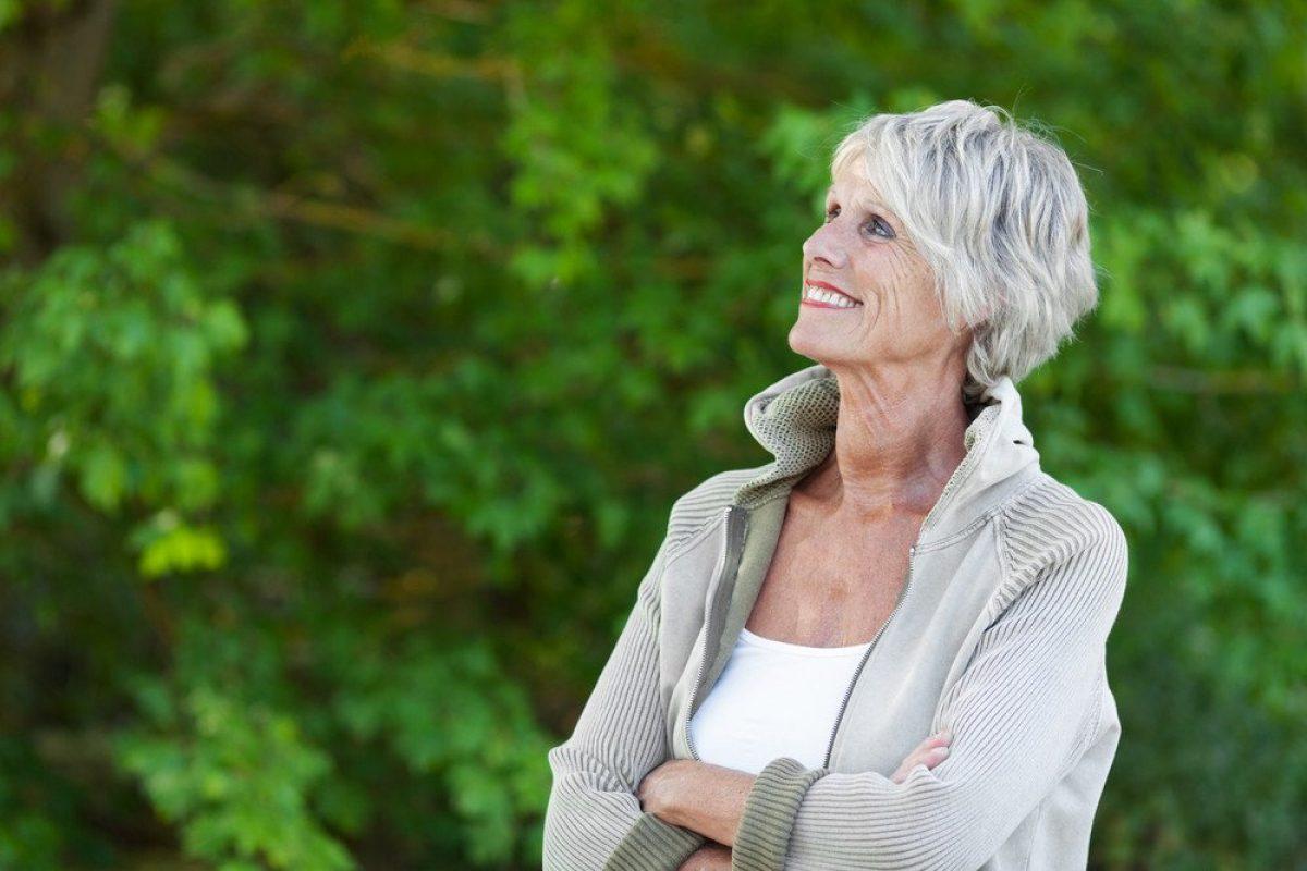 Otreapeva: graue haare gefärbt