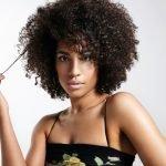 Afro Frisur Mähne