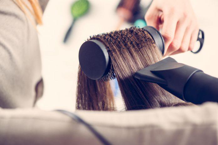 Rundbürste Haare Styling Wellen