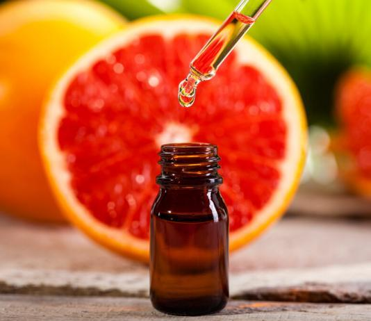 7 Vorteile von ätherischem Grapefruitöl für das Haar